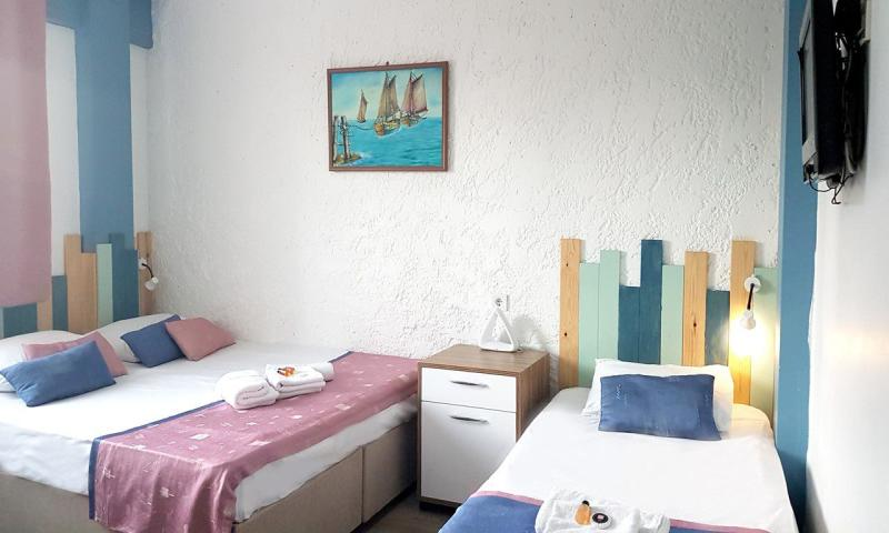 Premium Apart Triple Room with Kitchenette
