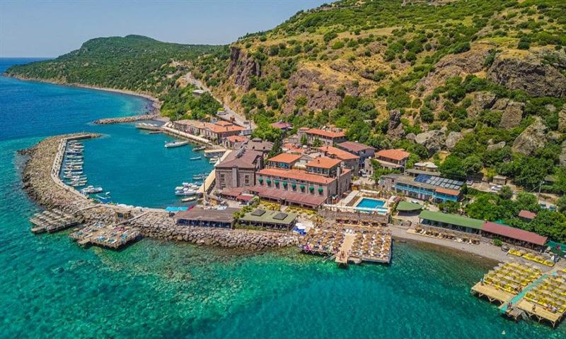 Assos Kervansaray Hotel