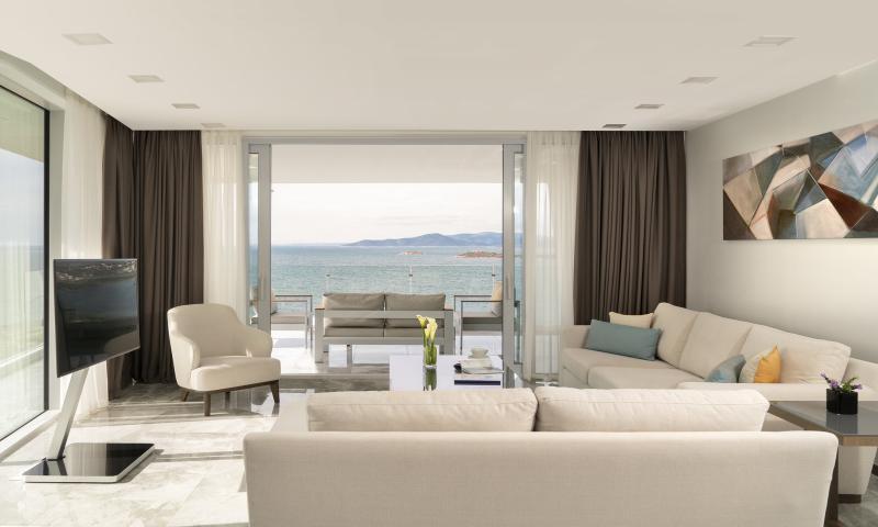 Family Terrace Residence