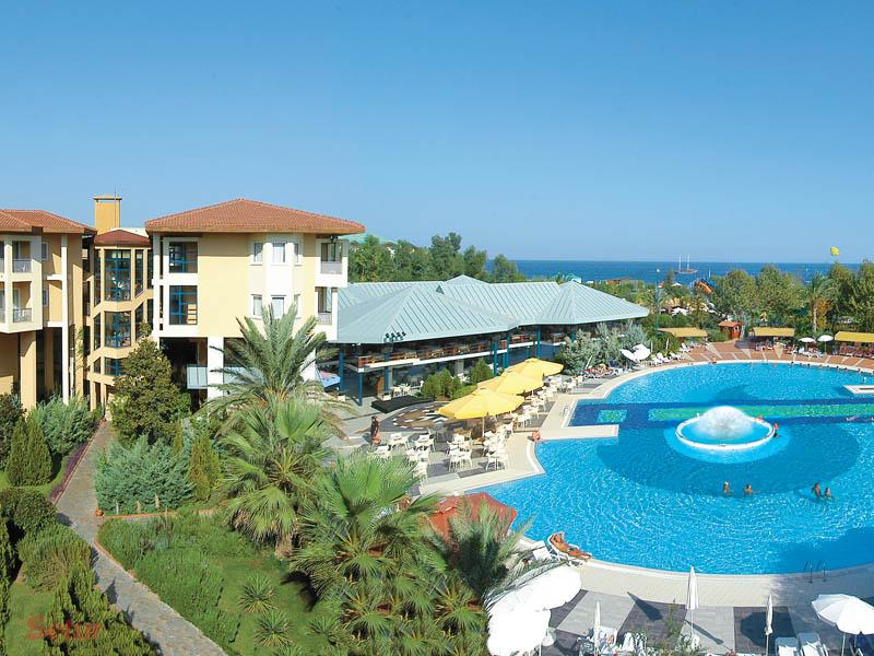 Queen's Park Le Jardin Resort & Spa