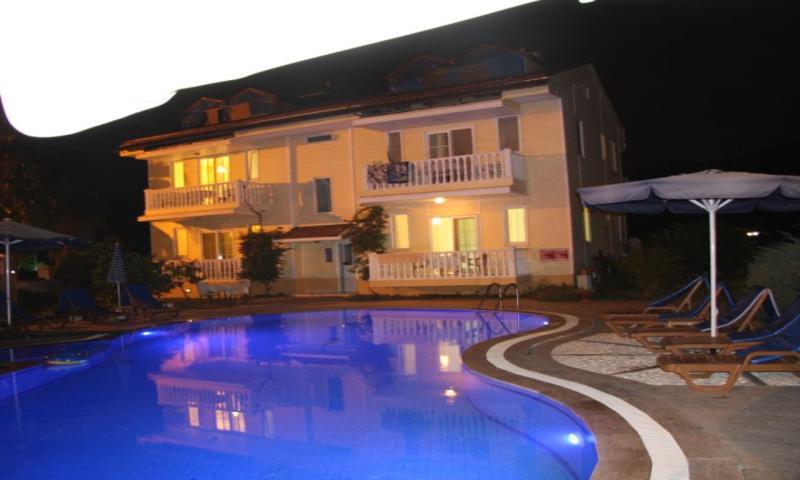 Mavi Köşk Apart Hotel