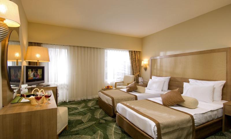 Standart Otel Odası,Göl Manzara