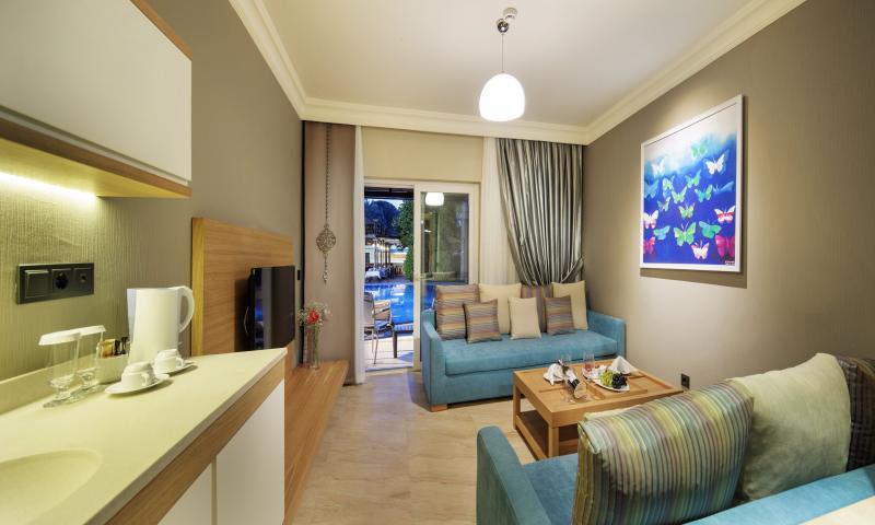 Select Villa