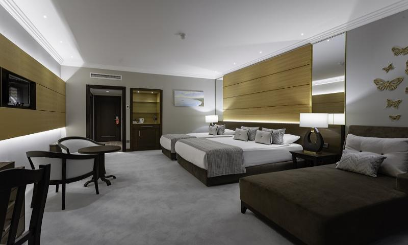 Hotel Superior Kara Manzaralı Oda