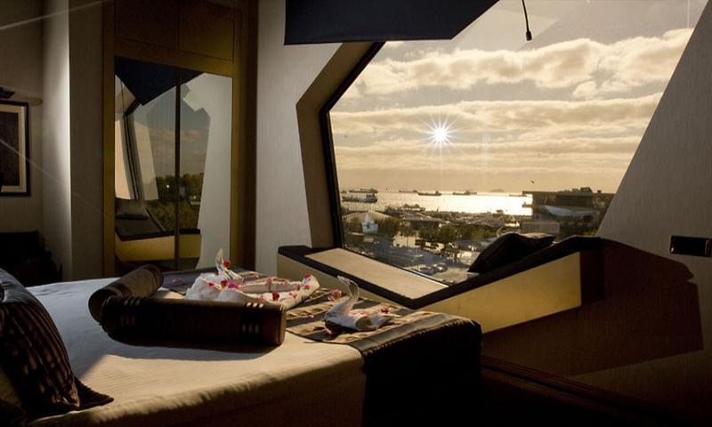 Sea View Premium Suite with Jacuzzi