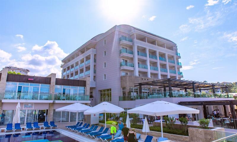Sea Life Buket Beach & Resort