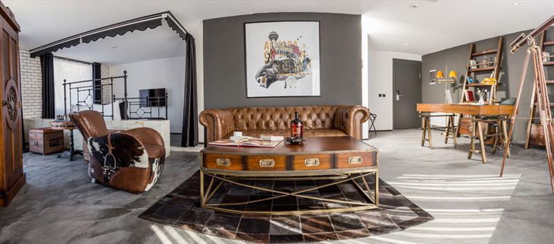 Check Inn Suite Loft