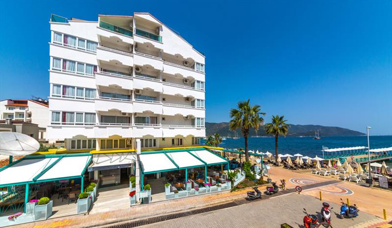 Honeymoon Beach Hotel