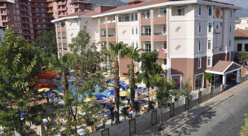 Primera Hotel & App.