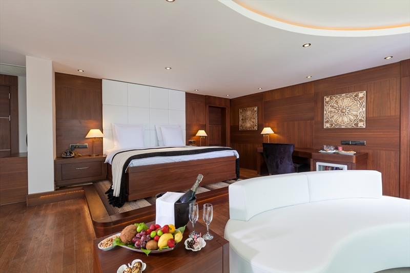 Rook Suite Elegance