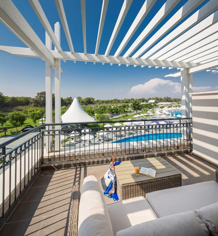 Family Pool Suit, Garden with Balcony