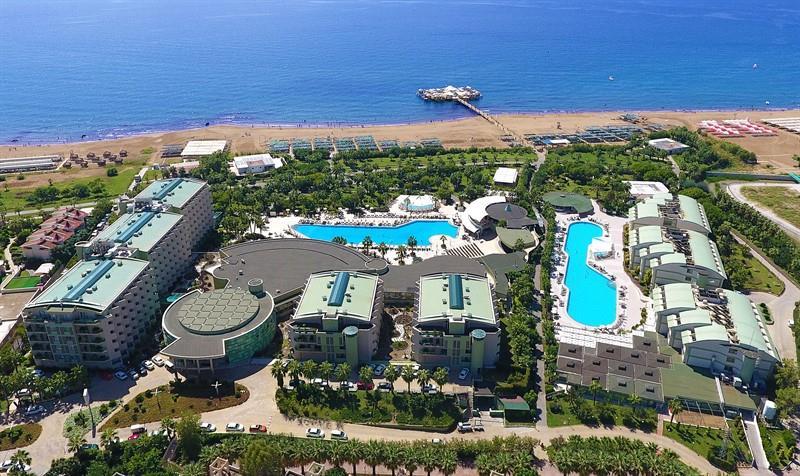 VONResort Golden Coast Hotel