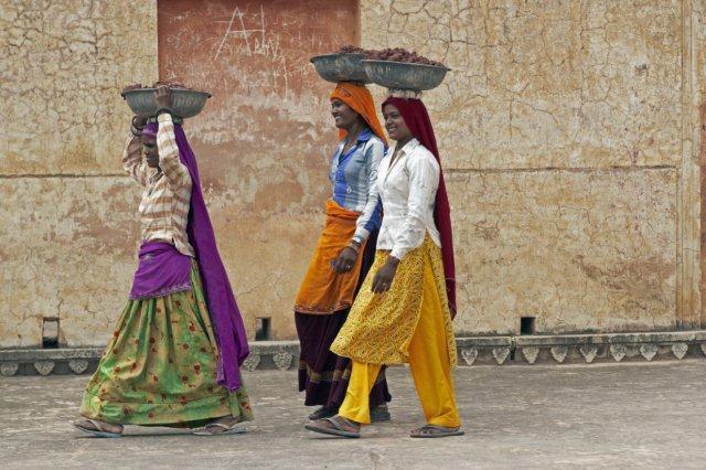 Hindistan'da Holi Festivali ve Nepal Turu
