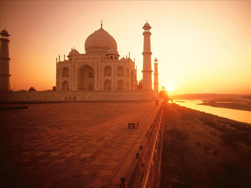 Nepal & Hindistan Turu (Katmandu-Jaipur-Agra-Varanasi-Delhi)