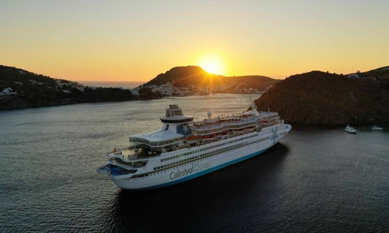 Celestyal Olympia ile Kuşadası Kalkışlı Yunan Adaları & Atina 4 Gece 5 Gün 2020
