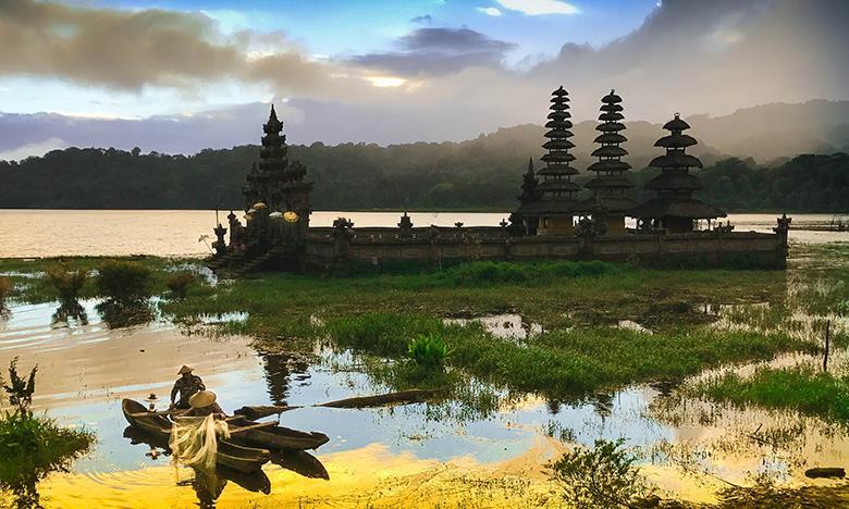 Endonezya Turu SE (Cakarta-Yogyakarta-Surabaya-Bromo-Kalibaru-Bali)