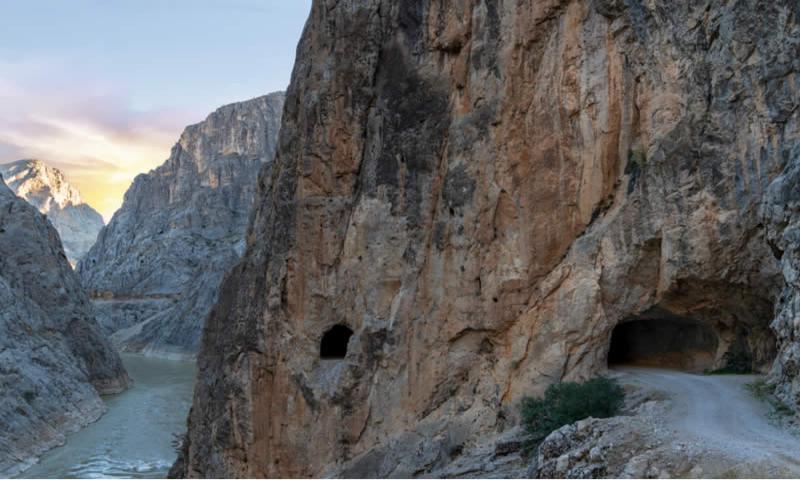 karanlik-kanyon-kemaliye