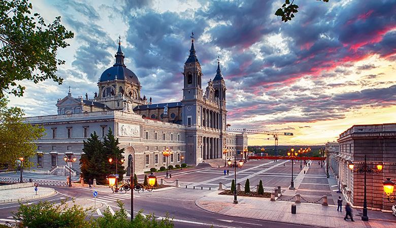 Madrid-Valencia-Barcelona Turu - Kurban Bayramı