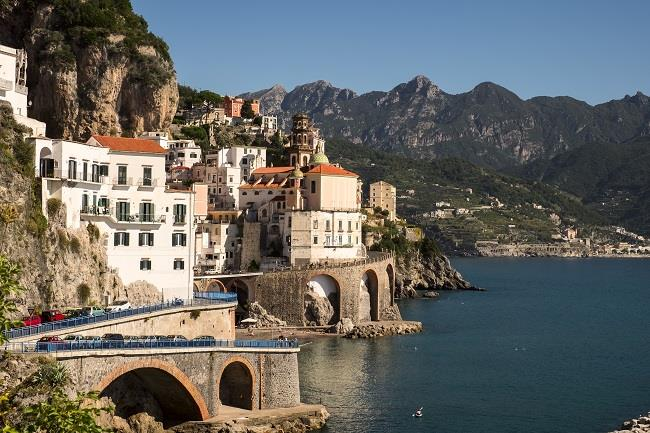 Amalfi Kıyıları & Puglia Turu (Napoli-Bari)