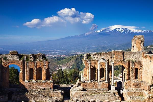 Ayhan Sicimoğlu ile Sicilya