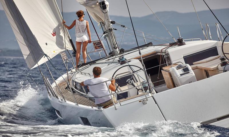 Sun Odyssey 490 ile 8 Kişiye (4 Kabin) Özel Sporades Adaları